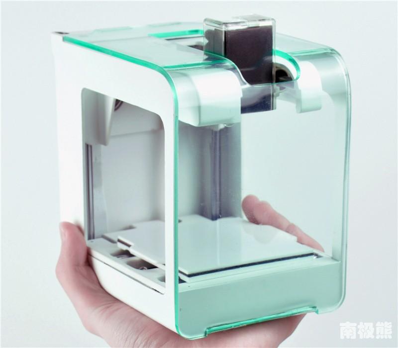 巴掌大3D打印机卖99美元,这个大学生创业失败了